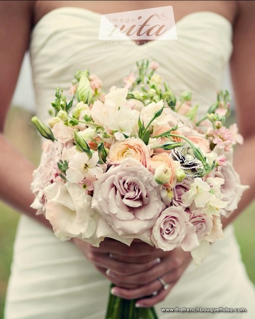 White Peach Pink Flower Wedding Altar: The-French-Bouquet-Romantic-Bridal-Bouquet-of-Sahara-Roses