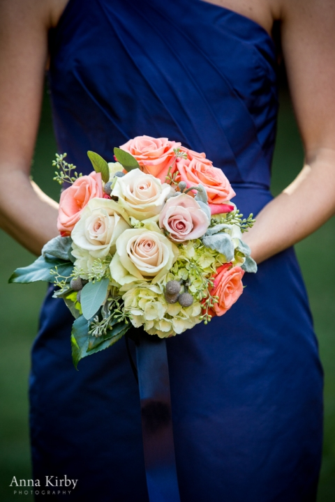 bouquet in peach and coral